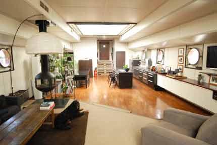 p niches bateaux logements ventes bateaux logements d 39 occasion. Black Bedroom Furniture Sets. Home Design Ideas