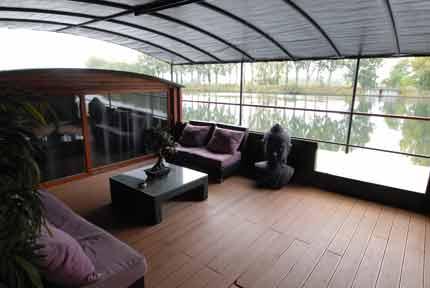 p niches bateaux logements p niche loft 260m cot78. Black Bedroom Furniture Sets. Home Design Ideas